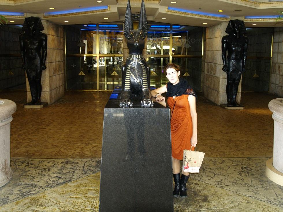 Entrada del Luxor